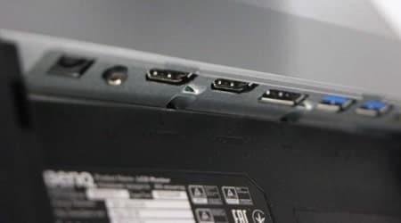 DisplayPort 1.2 port and a USB Type-C port.